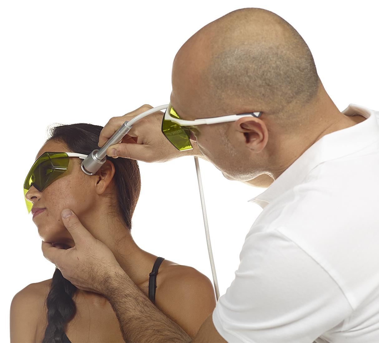 Laser wysokoenergetyczny - zastosowanie